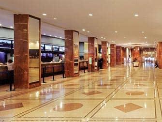 Pennsylvania Hotel in New York - Lobby