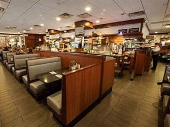 Wellington Hotel in New York - Restaurant