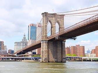 Circle Line: Landmarks Cruise - Brooklyn Bridge