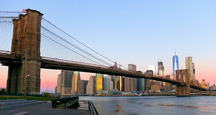 Brooklyn Bridge in New York - Vanuit Brooklyn Bridge Park