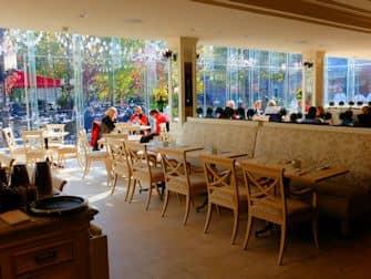 Central Park in New York - Tavern on the Green Restaurant