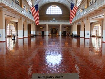Ellis Island - Registratieruimte