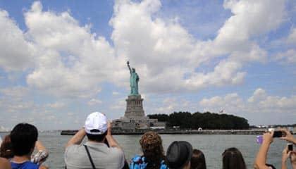 Het Vrijheidsbeeld - Gezien vanaf de boot