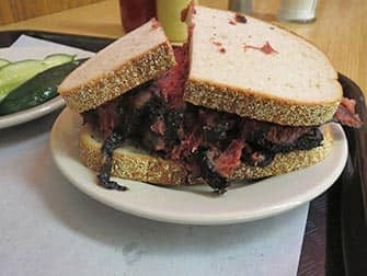 Lunch in New York - Broodje Pastrami