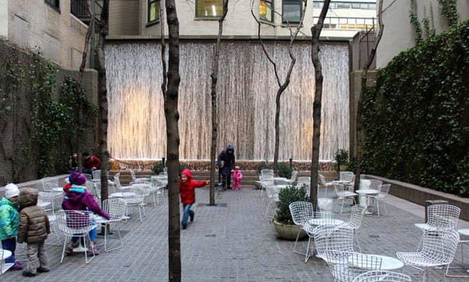 Parken in New York - Paley Park