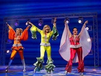 """""""Mamma mia"""" το χειμώνα στο """"Ακροπόλ""""  - Σελίδα 20 Mamma-Mia-op-Broadway-in-New-York"""