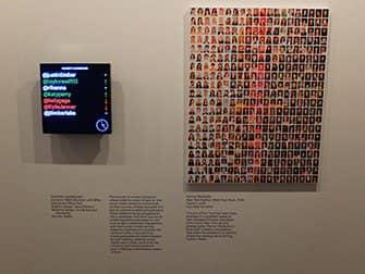 Het International Center of Photography in New York - Public, Private, Secret Tentoonstelling