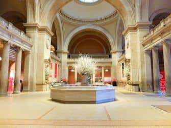 The Metropolitan Museum of Art in New York - EmptyMet Tour