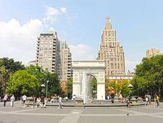 New York TV- en Filmtour - Washington Square Park