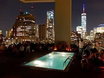 Beste Rooftopbars in New York - Jimmy Zwembad