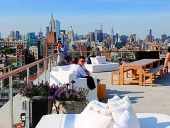 Beste rooftopbars in New York - The Roof in PUBLIC