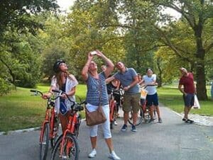 Fietsen in New York met Nederlandse gids   Groep fietsers