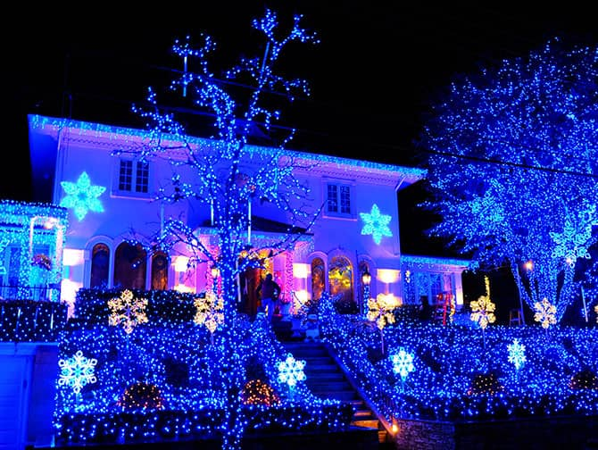 Dyker Heights Christmas Lights - Blauwe Verlichting