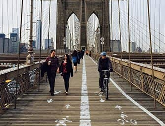 Fietsen huren in New York - Fietsen op de Brooklyn Bridge