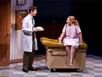 Waitress op Broadway Tickets - Bij de dokter