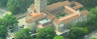 the-met-cloisters-in-new-york