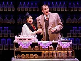 War Paint op Broadway Tickets - Helena Rubinstein