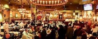 Carmine's Familie Restaurant in New York