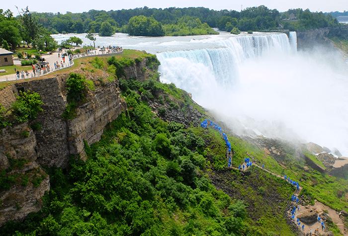 Dagtrip Niagarawatervallen per bus vanuit New York - Uitzicht vanaf Uitkijkpunt